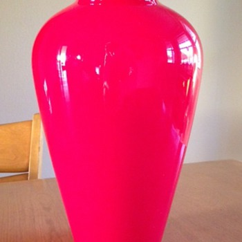 Kralik - Cased Cherry red - Art Glass