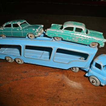 Matchbox Lesney no. 2 Bedford Car carrier  - Model Cars
