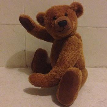 Lovely unknow teddy bear