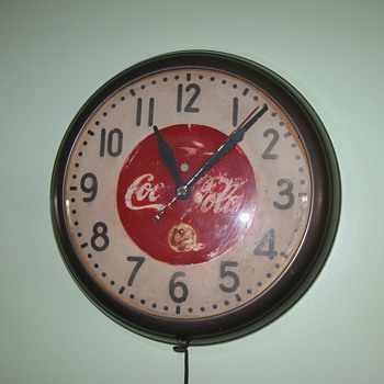 1939-1941 Coca Cola Clock - Clocks