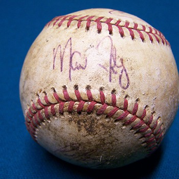 Baseball with 4 unknown signatures??? - Baseball