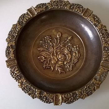 Large Embossed Brass/Bronze Ash Tray, Thrift Shop Find $3.50 - Tobacciana