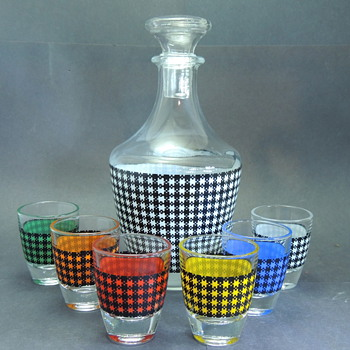 HOUNDSTOOTH Plaid Decanter Set FRANCE - Glassware