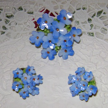 Blue Flower Pin and Earrings - Costume Jewelry