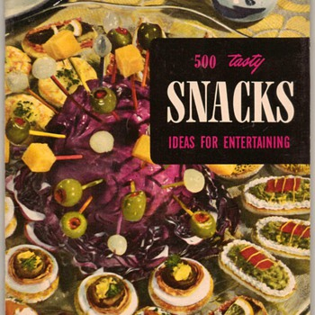 "1953 - Recipe Booklet ""Snacks"" - Books"