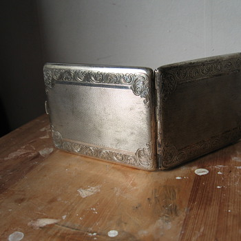 Cigarettes box Silver (1900?) - Accessories