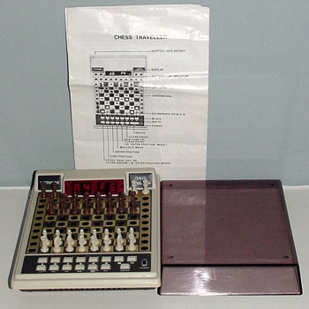 1980-vintage acetronic chess pocket computer-led-8 levels. - Games