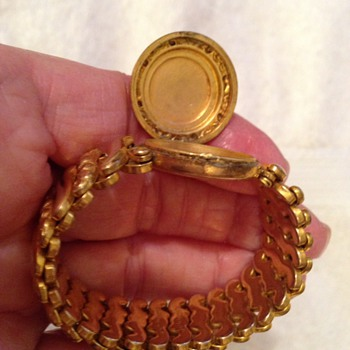 Costume bracelet, very small around - Costume Jewelry