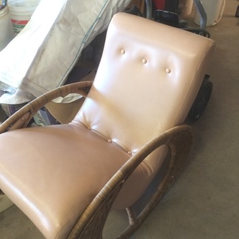 What is this chair called ?! - Furniture