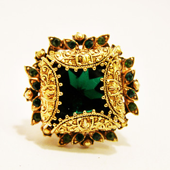 Vintage Florenza Ornate Emerald Ring - Costume Jewelry