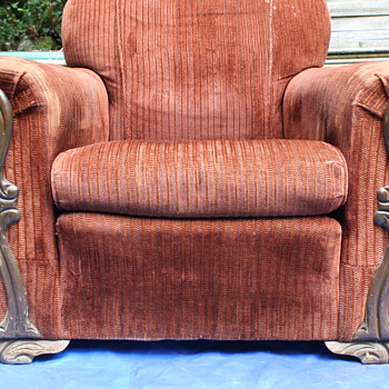 Overstuffed Armchair - unknown make or year