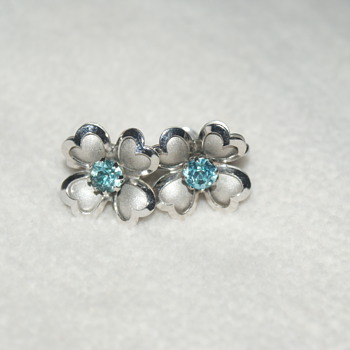 Coro Screw Back Vintage Earrings with Blue Rhinestone - Costume Jewelry