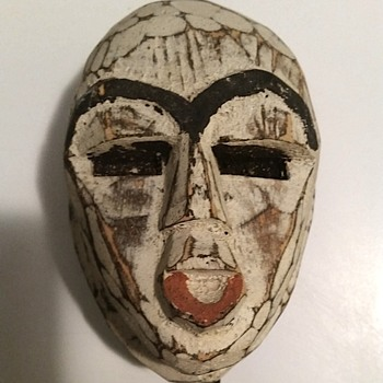 WOODEN FACE ON METAL STAND FROM GHANA - Visual Art