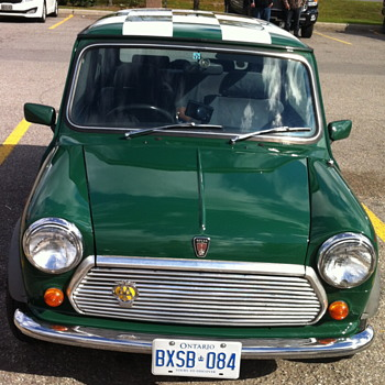Green Mini Cooper 1275. - Classic Cars