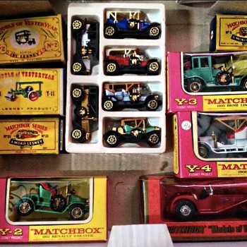 MATCHBOX TOYS - Model Cars