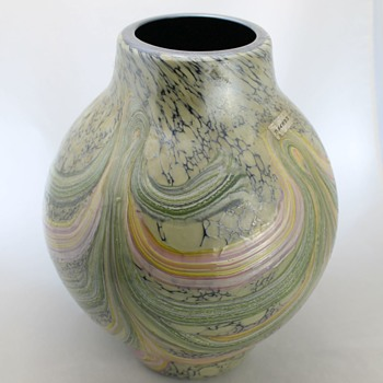 Japanese glass vase by Kamei