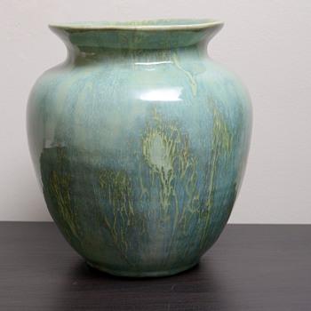 Need help identifying smudged mark on drip glaze vase - Pottery