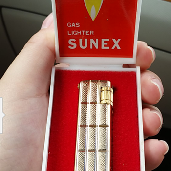 Vintage sunex lighter( made in korea)