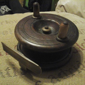 Vintage Wood & Brass strap  fly fishing reel  - Fishing