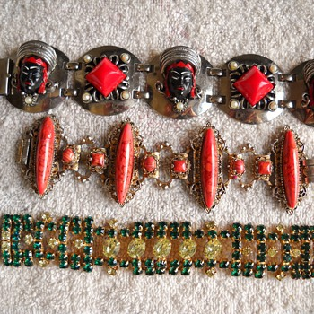 SELRO BRACELET & 2 OTHER FAVORITES - Costume Jewelry