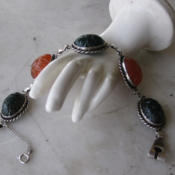 Carved sunflower carnelian & green sardonyx sterling bracelet