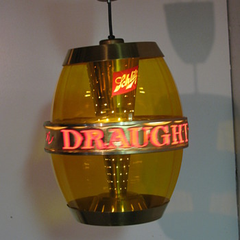 Shlitz rotating bar light - Breweriana