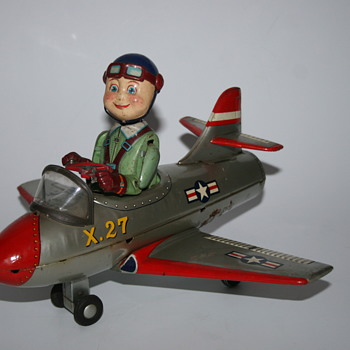 TN Nomura mystery plane battery tin toy