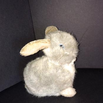 Steiff Bunny 1970's ID Help?