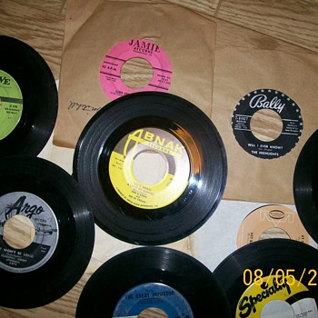 Some old 45 labels and a CW song I made. New Re do today to fix it