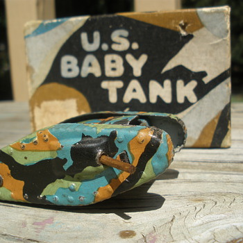 "WWI ""Animate Toy"" Baby Tank, tinplate and wood, 1916! - Toys"