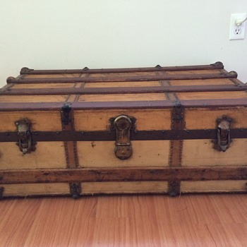 Eagle Lock Co. Trunk - Furniture