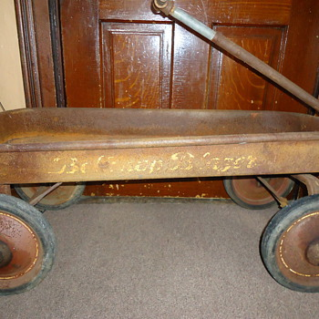 Old toy wagon