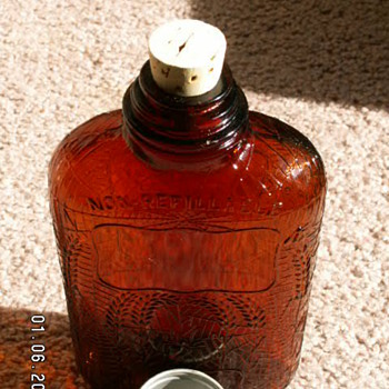 "1914 Medicinal ""Antique Whiskey"" Bottle ~ Depressed Spider Webs 100 Proof - Bottles"