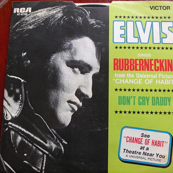 "1969 Elvis Presley ""Rubberneckin"" and ""Don't Cry Daddy"" 45rpm w P/S"