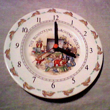 BUNNYKINS CLOCK ROYAL DOULTON