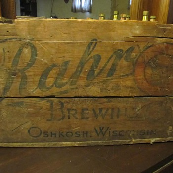 Rahr Brewery wood beer crate Oshkosh Wi.
