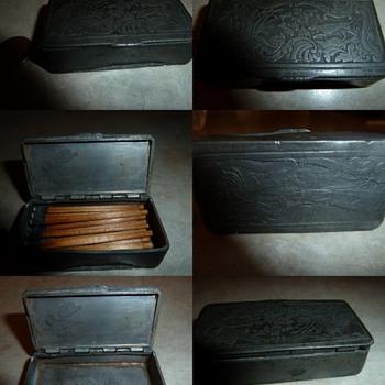 Snuff Box ? - Tobacciana