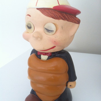 """UMP"" 1960s Umpire Bobblehead with Lenticular eyes. - Baseball"