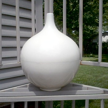 "Impressive Large ""Satin White"" Gourd Vase / No Mark or Label - Art Pottery"