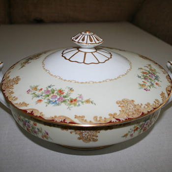 Noritake china made in occupied Japan