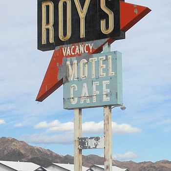 Route 66 Amboy Roy's Motel and Diner - Photographs