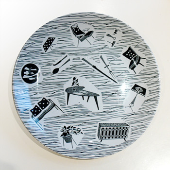 Dish from the Homemaker dishware range, Enid Seeney (Ridgway Potteries, 1957)  - Art Pottery