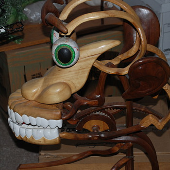 wierd wood face sculpture - Folk Art
