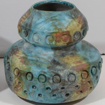 RAYMOR/ ALVINO BAGNI VASE - Art Pottery