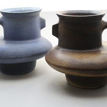Loré, Beesel, the Netherlands. Designed by Matt Camps 1970s. Marked B156 - Art Pottery