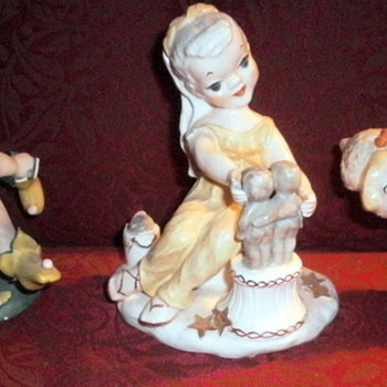 Figurines by ROBYN - Pottery