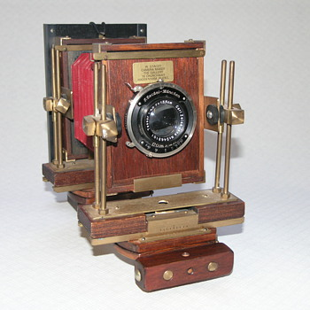 Stacey, W. | 1985. | English Field/Technical Camera. |6x9cm./ 5x4inch Plate. - Cameras