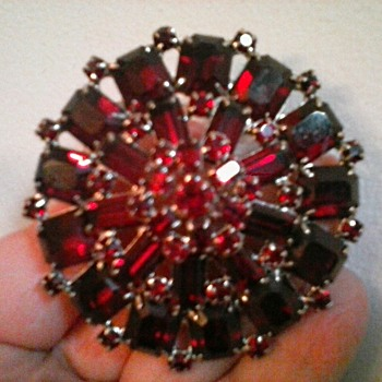 """Albert Weiss"" Monumental Ruby Red Austrian Crystal Brooch / Circa 1950's - Costume Jewelry"