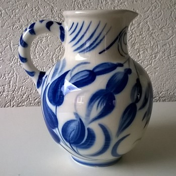 Beautiful Sphinx Maastricht Blue & White Floral Jug Thrift Shop Find $5.00 - Art Pottery