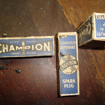 champion spark plugs  - Petroliana